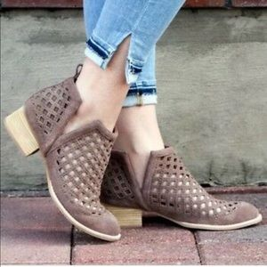Jeffrey Campbell cutout Taggart boots